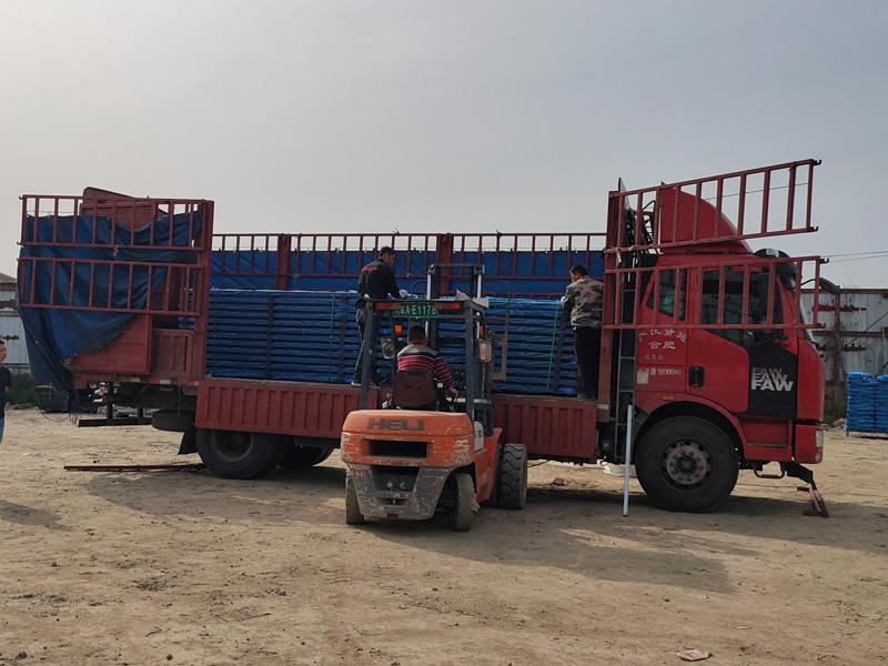 金用护栏2021年4月17日锌钢阳台护栏发货!