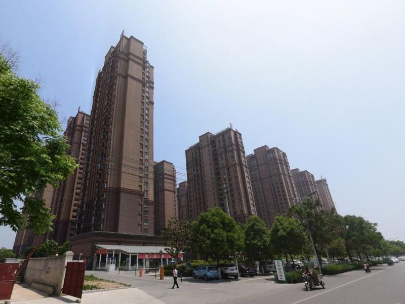 淮北金域香苑小区项目定制百叶窗、楼梯扶手产品