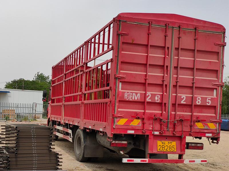 金用护栏2021年5月7日锌钢阳台护栏发货!