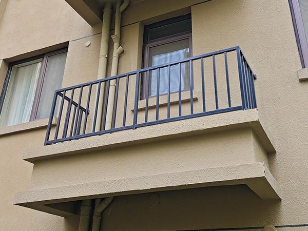 空调护栏类型