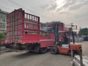 金用护栏2021年5月20日锌钢阳台护栏发货!