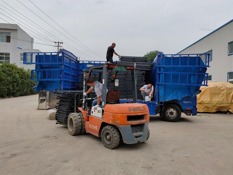 金用护栏2021年5月29日锌钢护窗栏杆发货!