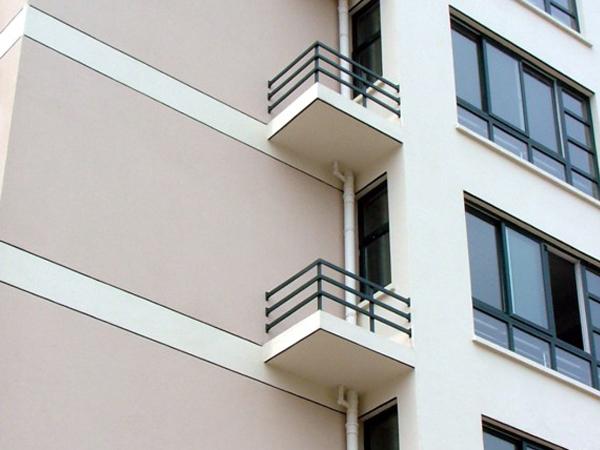空调护栏优点与缺点