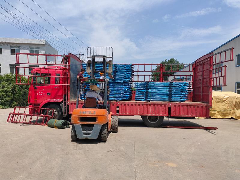 金用护栏2021年6月4日锌钢阳台护栏发货!