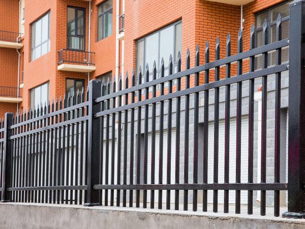 围墙护栏定制定做注意事项