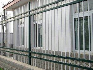围墙护栏多少钱一米?