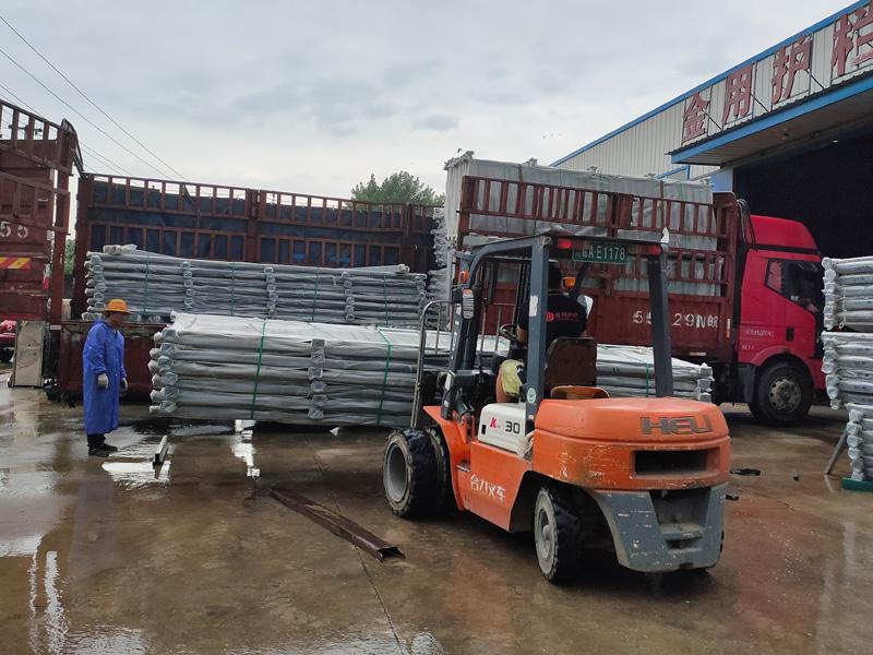 金用护栏2021年7月16日锌钢阳台护栏发货!