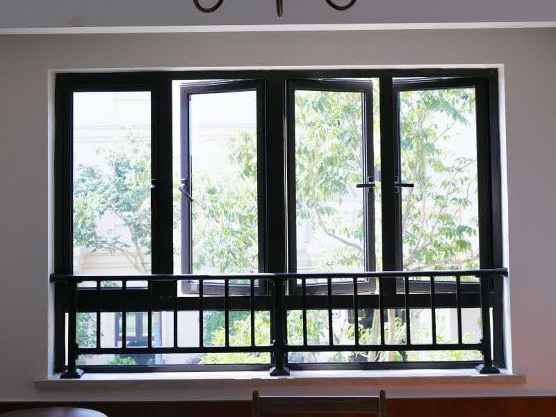 飘窗护栏结构组成