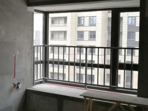 飘窗护栏表面涂层处理工艺