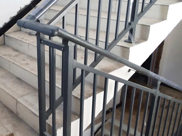 楼梯护栏种类